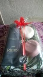 Kit Shampoo Cabelo e Corpo 200 ml mais dois sabonetes