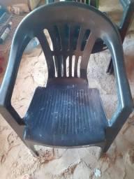 Cadeiras boas para sentar interessados chamar no * valor 15,00 reais