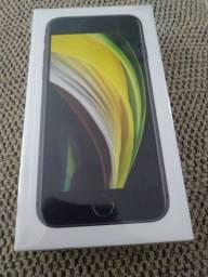 iPhone se 64 GB novo