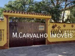 Casa Mobiliada no Centro Comercial / com 03 quartos Suite em Unamar (Tamoios) - Cabo Frio