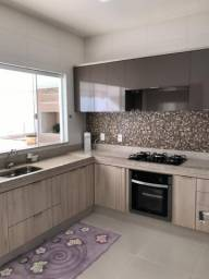Título do anúncio: Casa Zona Sul Condomínio Fechado c/Planejados c/Varanda Gourmet - Impecável