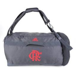 Mala Duffel Original Flamengo Adidas, coleção 2021.