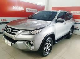 Toyota Hilux Sw4 SRV 4X2 4P