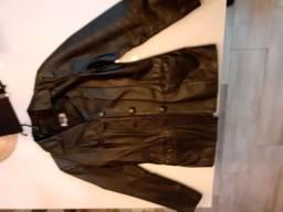 Jaqueta em couro feminina modelo blazer