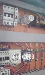 Eletricista cobri orçamento