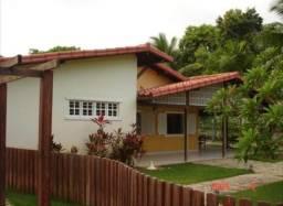 Excelente Casa em Lauro de Freitas - Condomínio Pedras do Rio - 4/4 sendo 2 Suítes - 480 m