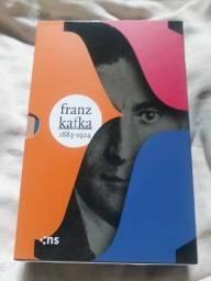 Título do anúncio: 03 livros de Franz Kafka - 15 reais.