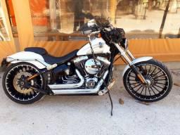 Harley davidson breakout 1700 cc