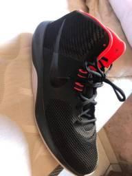 Tenis Nike cano alto
