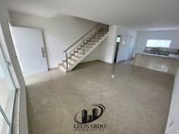 Bela Casa Duplex - 3 Quartos, Suíte e Closet. Pronto para Morar - Es