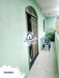 Casa 1º Andar Espaçosa em Itapuã, 2 Quartos, Sala Ampla, Moradia Tranquila HC069