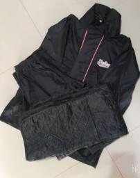 Vendo Roupa capa de chuva para moto marca delta