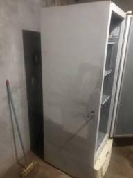 Título do anúncio: Vendo  freezer  gelopar  578lt  bem conservado funciona