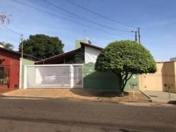Casa à venda com 3 dormitórios em Loteamento colina verde, Jaboticabal cod:V4280