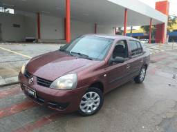 Clio sedan 1.0 2007 a relíquia de Aracaju - 2007