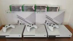Xbox one S 1TB Semi Novo- com garantia-aceitamos PS3 mais volta