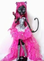 Boneca Monster high catty noir