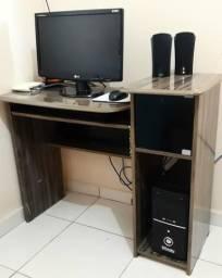 Vende-se Mesa de computador