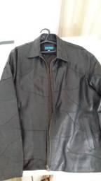 Linda jaqueta de couro de pelica