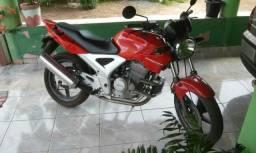 Moto twister - 2004
