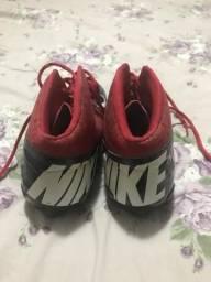 f65bbd0c45 Chuteira Futebol Americano Nike 42