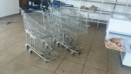 Vendo carrinhos para supermercado t