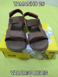 Sandália klin e sandalia pimpolho