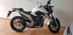 Yamaha Fazer 250 ano 2019