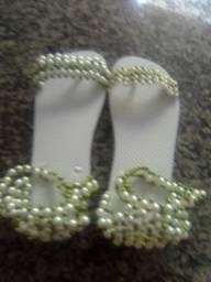 Sandálias customizadas e chinelos personalizados