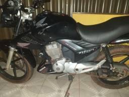 Vendo ou troco super moto - 2011