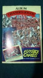Álbum de cards grandes jogos