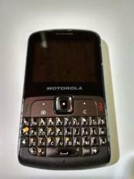 Celular Motorola modelo Ex112