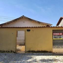 Vendo Casa 3Q no Setor Aeroviario ao lado do Shopping Cerrado Lote de 360m