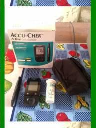Medidor De Diabetes Accu-chek Atctive - Semi Novo
