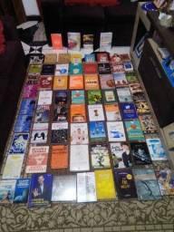 Lote de livros 70 livros novos lacrado e em ótimo estado