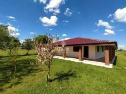 Chácara, 4 dormitórios, 2 banheiros, semimobiliado, churrasqueira, piscina, açude, galpão