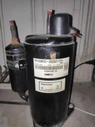 Compressor 9000 Btus ( usado) Ar condicionado