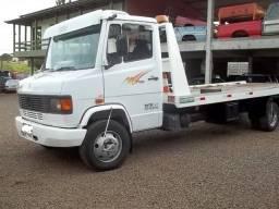 Título do anúncio: Caminhão MB 710 2001