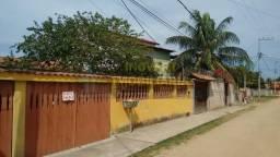 Casa colonial com 2 quartos a venda