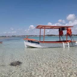 Título do anúncio: Vende-se barco com motor de rabeta 9hp