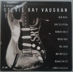 Título do anúncio: Ld Laser Disc Tribute To Stevie Ray Vaughan 1996, Importado USA