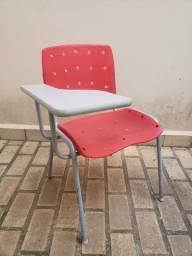 1 Cadeira Universitária prancheta fixa