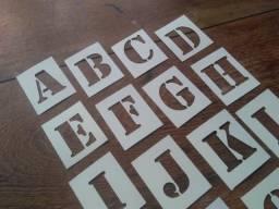 Título do anúncio: Estencil Stencil Letras Vazados Alfabeto 15cm Altura