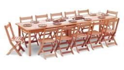 Mesa extensível com 20 cadeiras