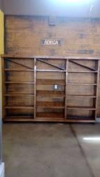 Título do anúncio: Vende mobiliário completo para empório ou armazém