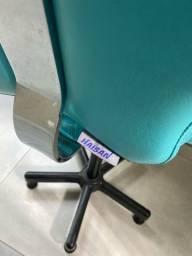 Cadeira cabeleireiro para corte infantil