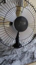 Título do anúncio: ventilador de parede usado 50 cm delta premium