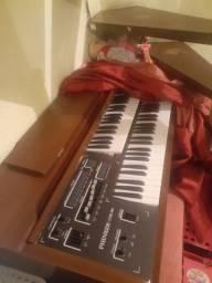 Órgão instrumento musical