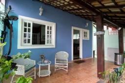 Título do anúncio: Casa com 6 dormitórios à venda Condomínio Villa Real, 280 m² por R$ 695.000 - Badu - Niter
