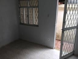 Título do anúncio: Aluguel de Ótima Casa - Centro de Nilópolis
